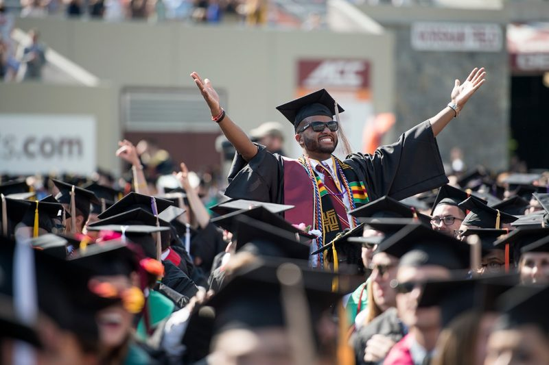 University Of Virginia Admissions >> Photos and video from 2018 Spring Commencement Ceremonies ...